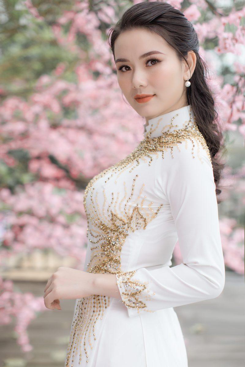 Đón xuân canh tý rạng ngời cùng nữ doanh nhân 9x Phạm Hà